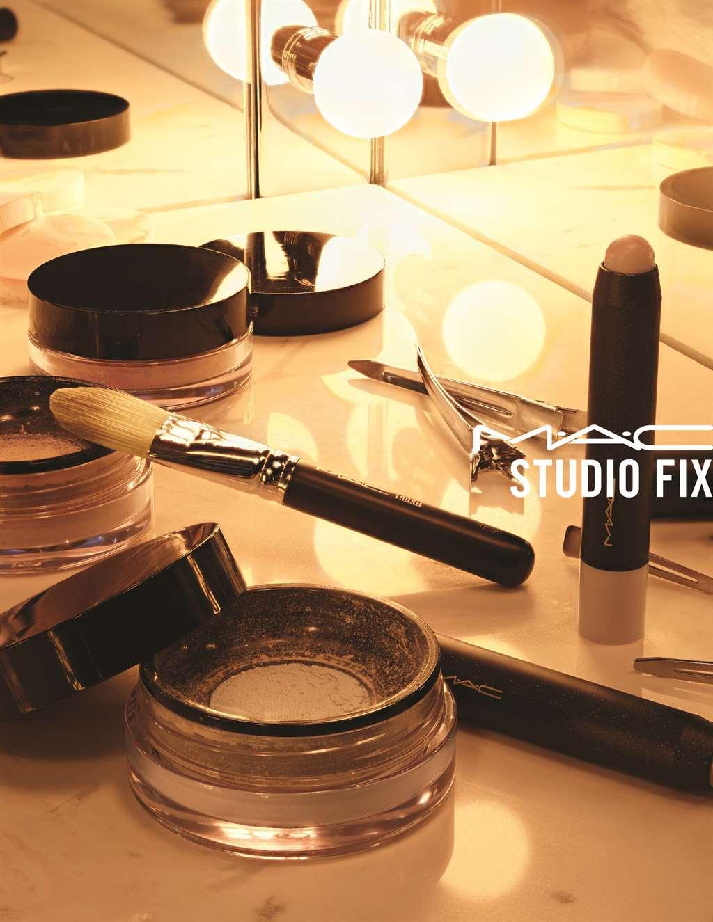 STUDIO FIX_AMBIENT_300_CMYK